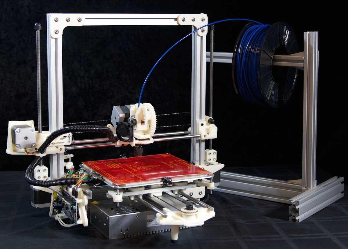 3D Printer on glass table